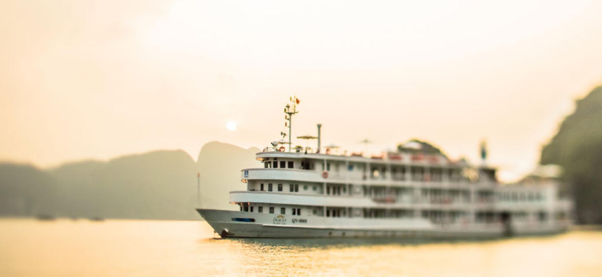 The Au Co Cruise Halong Bay Luxury Cruise