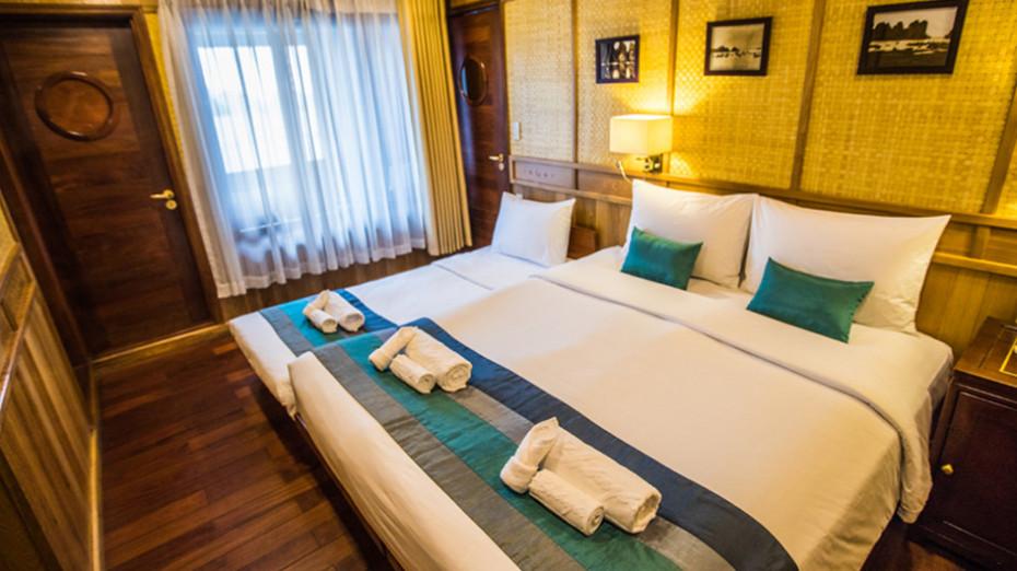 Bhaya Premium Triple Cabin